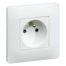 http://www.delecso.fr/boutique/6-thickbox_default/prise-2pt-16a-sanvis-hager-essensya-plaque-blanche.jpg